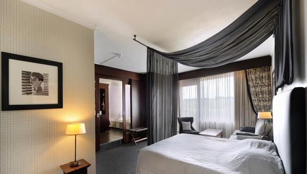 Whirlpool Bad Eindhoven : Hochzeitsuite van der valk hotel eindhoven